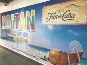 ロアタン島空港