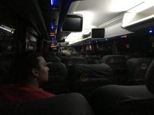 長距離バス車内